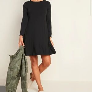 Old Navy Black Long-Sleeve Swing Dress